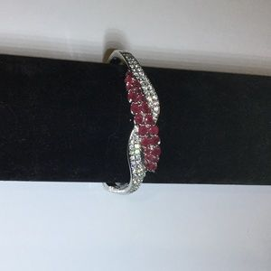 Dark pink and diamond bracelet. New!